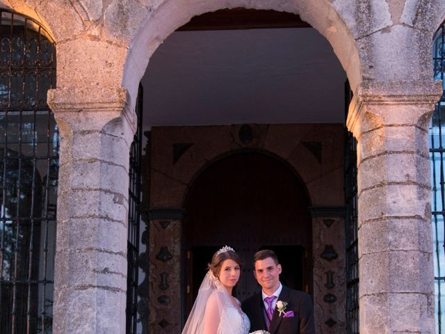 La boda de Araceli y Miguel Ángel en Lucena, Córdoba 29