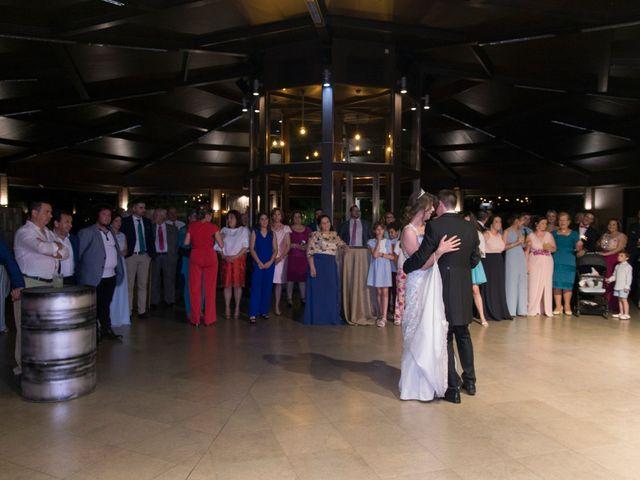 La boda de Araceli y Miguel Ángel en Lucena, Córdoba 40