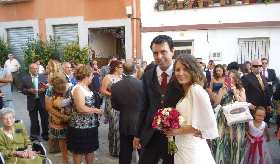 La boda de Javier y Carolina en Santibañez El Bajo, Cáceres