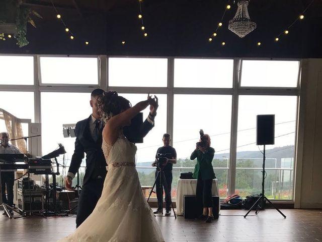 La boda de Alberto y Montse en Laxe, A Coruña 6