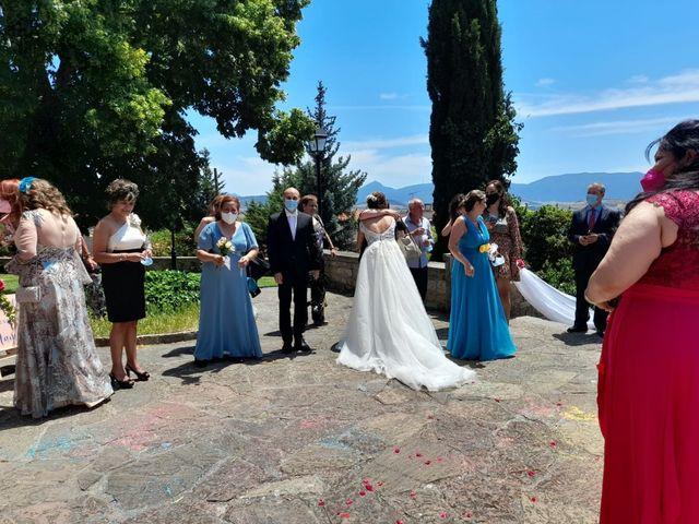 La boda de Roberto y Keidy en Pamplona, Navarra 4