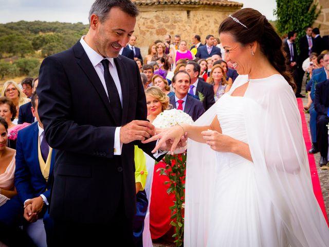 La boda de Pedro Luis y Raquel en Alburquerque, Badajoz 9