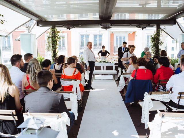 La boda de Diego y Simoni en Madrid, Madrid 17