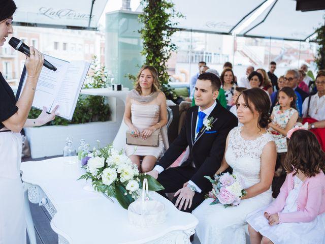 La boda de Diego y Simoni en Madrid, Madrid 27