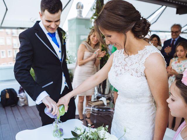 La boda de Diego y Simoni en Madrid, Madrid 29