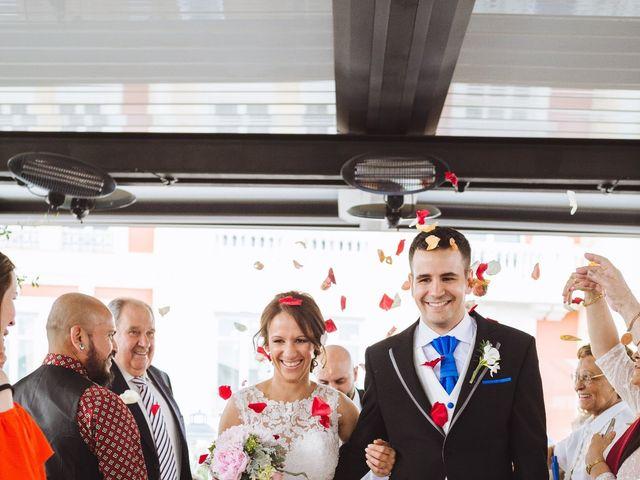 La boda de Diego y Simoni en Madrid, Madrid 31