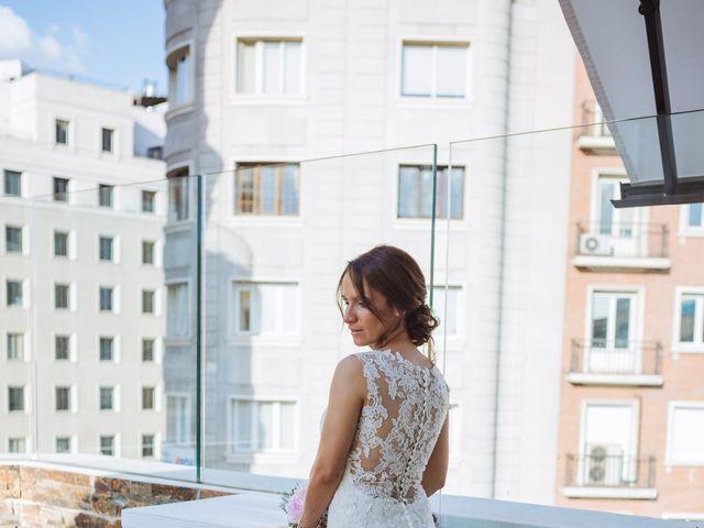 La boda de Diego y Simoni en Madrid, Madrid 40