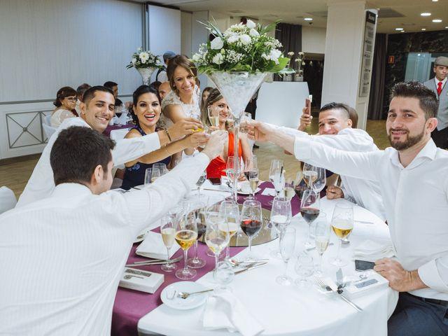 La boda de Diego y Simoni en Madrid, Madrid 49