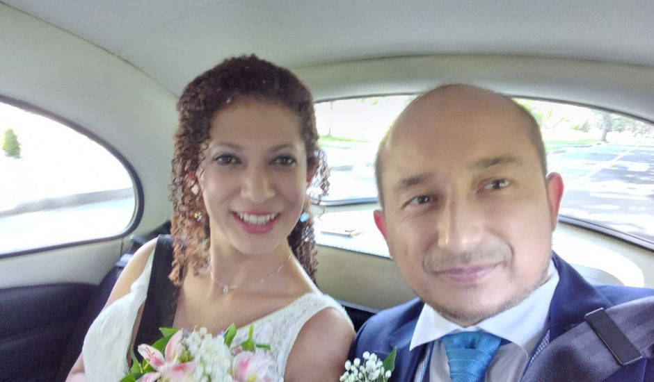 La boda de Roberto y Keidy en Pamplona, Navarra