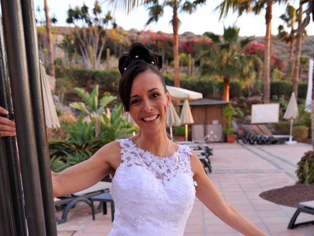 La boda de Hugo y Deborah en Adeje, Santa Cruz de Tenerife 13