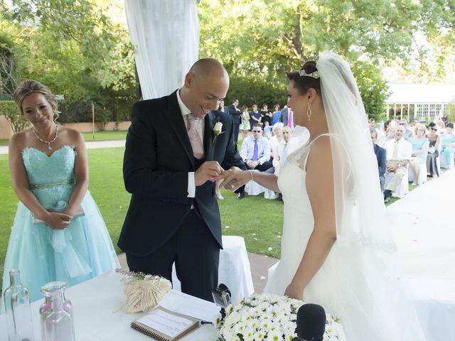 La boda de Juanjo y Aurora en El Escorial, Madrid 13