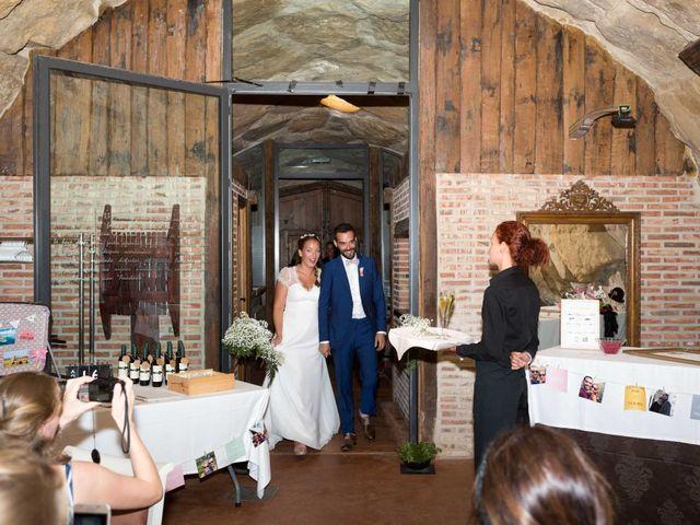 La boda de Alberto y Anäis en Paganos, Álava 128