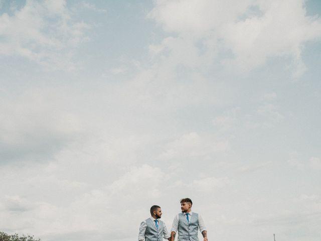 La boda de Aaron y Izan en Barcelona, Barcelona 43