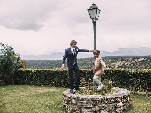 La boda de Javier y Lorena en Pedraza, Segovia 11