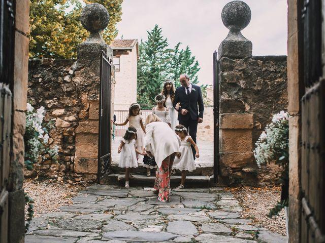 La boda de Javier y Lorena en Pedraza, Segovia 25