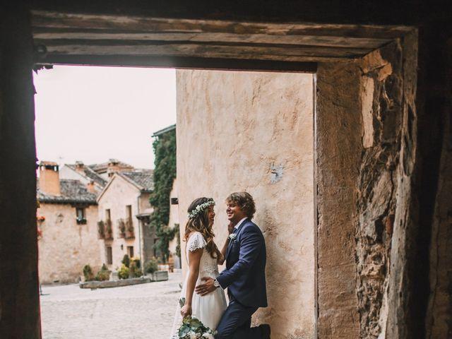 La boda de Javier y Lorena en Pedraza, Segovia 47