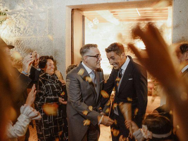 La boda de Javi y Miguel en Pontevedra, Pontevedra 25