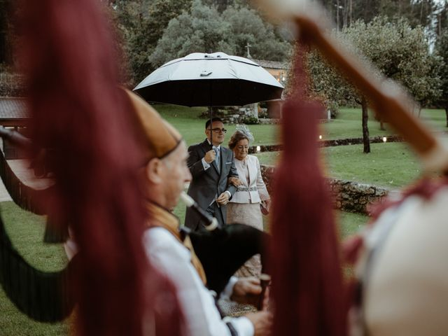 La boda de Javi y Miguel en Pontevedra, Pontevedra 28