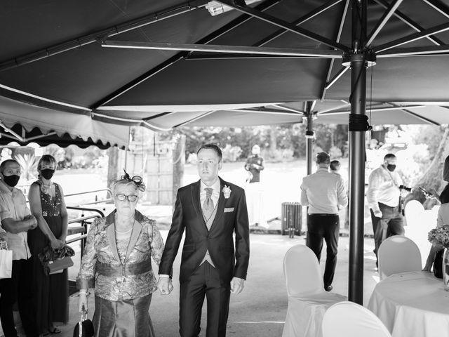 La boda de Gorka y Izaskun en Durango, Vizcaya 19
