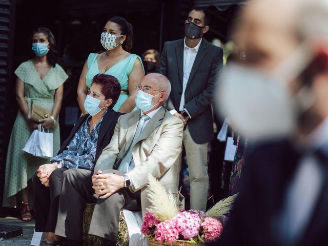 La boda de Gorka y Izaskun en Durango, Vizcaya 31