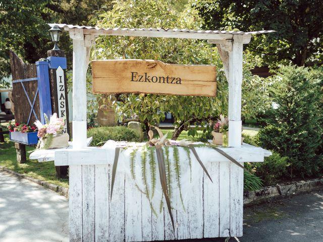 La boda de Gorka y Izaskun en Durango, Vizcaya 44