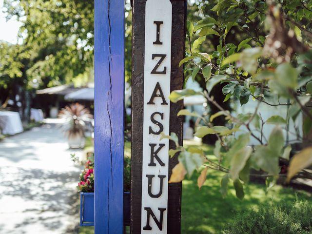La boda de Gorka y Izaskun en Durango, Vizcaya 46