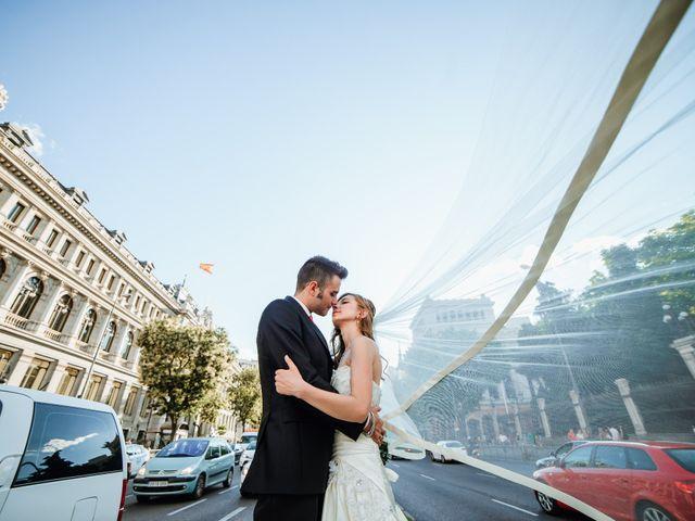 La boda de Julio y Iryna en Madrid, Madrid 16