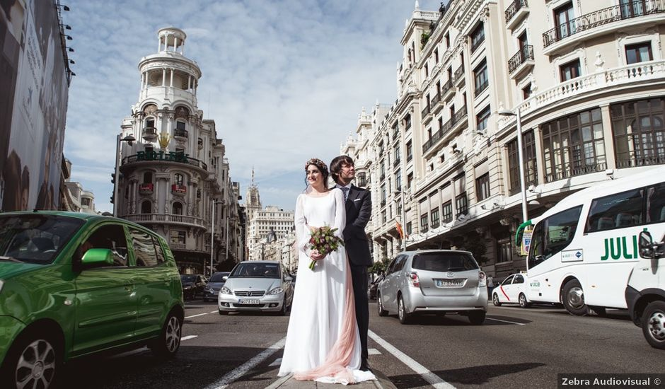 La boda de Ramsés y Marina en Madrid, Madrid