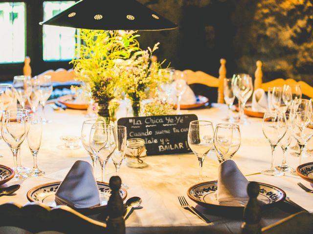 La boda de Borja y Lana en Pinilla Del Valle, Madrid 13