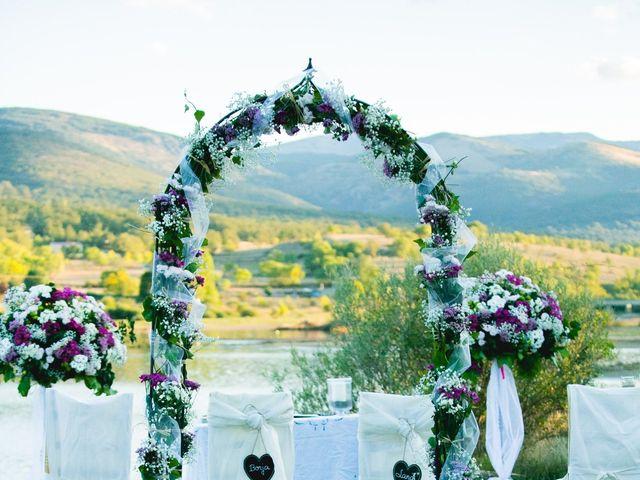 La boda de Borja y Lana en Pinilla Del Valle, Madrid 22