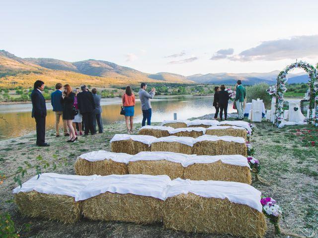 La boda de Borja y Lana en Pinilla Del Valle, Madrid 35