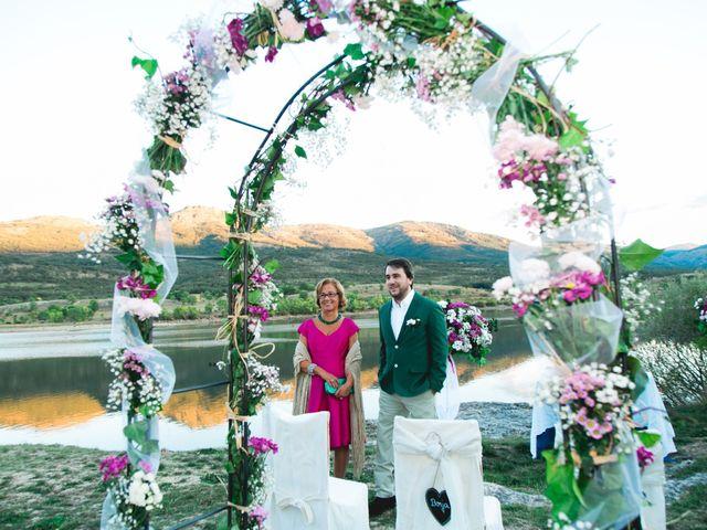 La boda de Borja y Lana en Pinilla Del Valle, Madrid 38