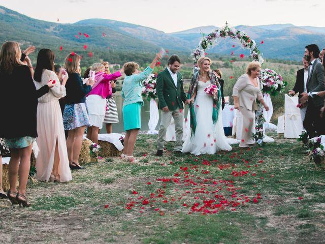 La boda de Borja y Lana en Pinilla Del Valle, Madrid 68