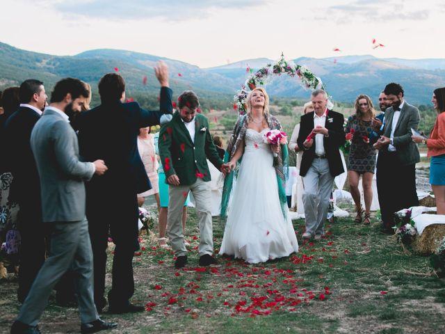 La boda de Borja y Lana en Pinilla Del Valle, Madrid 69