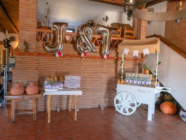 La boda de Javi y Teresa en Alhama De Granada, Granada 4