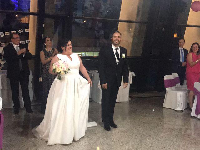 La boda de Isidro  y Carolina  en Benidorm, Alicante 9