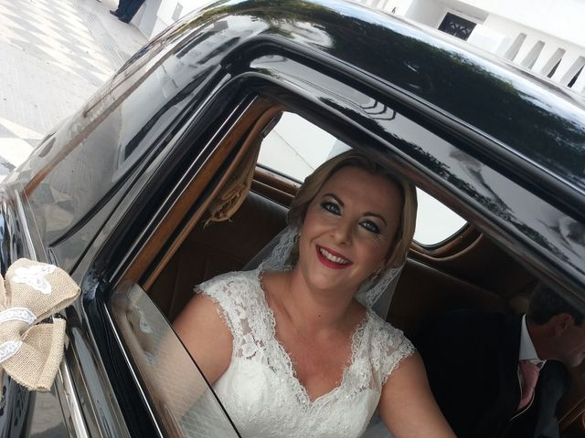 La boda de Juan Carlos y Mercedes en San Fernando, Cádiz 2