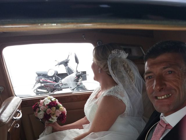 La boda de Juan Carlos y Mercedes en San Fernando, Cádiz 1