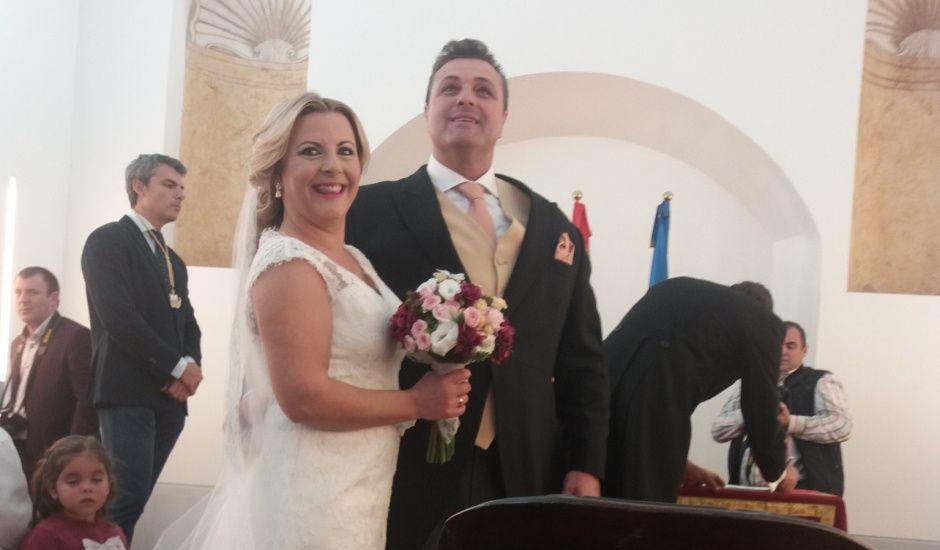 La boda de Juan Carlos y Mercedes en San Fernando, Cádiz