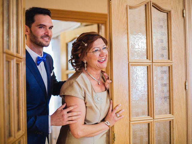 La boda de Cristian y Gloria en Cullar, Granada 7