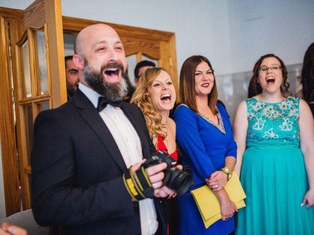 La boda de Cristian y Gloria en Cullar, Granada 21
