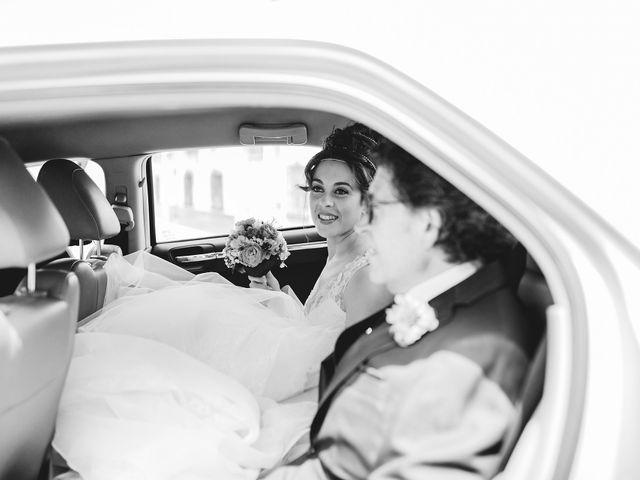 La boda de Cristian y Gloria en Cullar, Granada 24