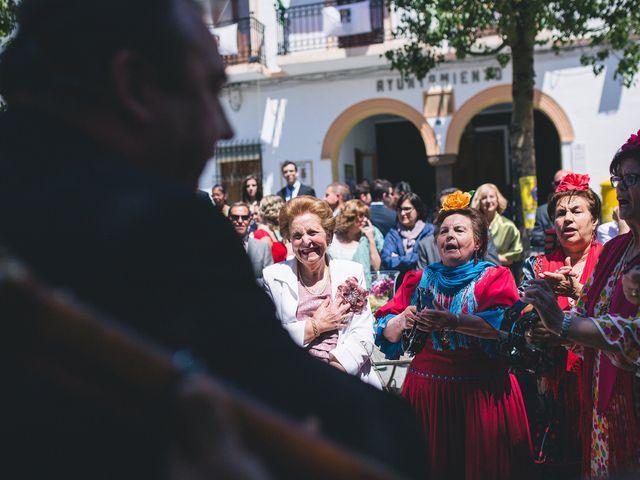 La boda de Cristian y Gloria en Cullar, Granada 34