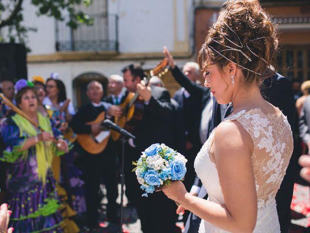 La boda de Cristian y Gloria en Cullar, Granada 35