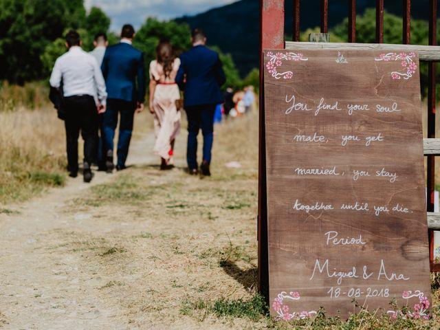 La boda de Miguel y Ana en Pinilla Del Valle, Madrid 65