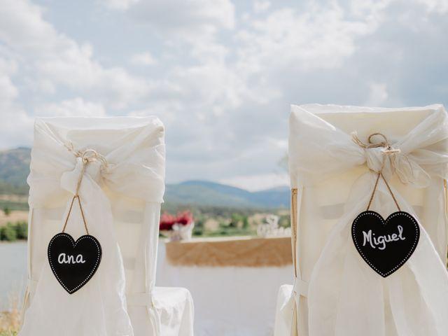 La boda de Miguel y Ana en Pinilla Del Valle, Madrid 72