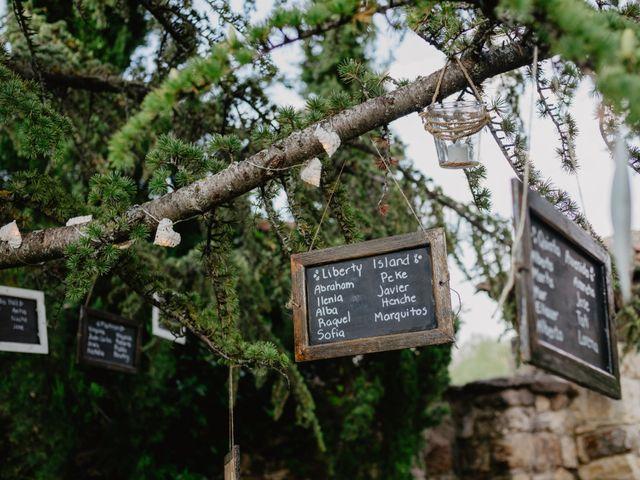 La boda de Miguel y Ana en Pinilla Del Valle, Madrid 147