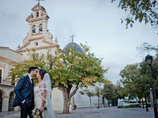 La boda de Angel y Noelia en Castelló/castellón De La Plana, Castellón 35