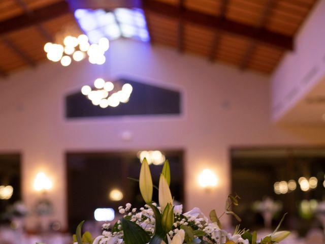 La boda de Uriel y Noelia en Catarroja, Valencia 8