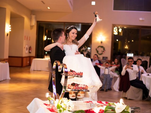 La boda de Uriel y Noelia en Catarroja, Valencia 24